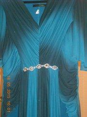 Срочно продам вечерние платья