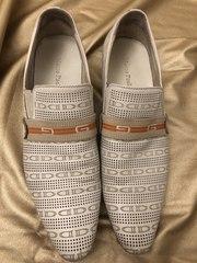 Мужские туфли светлые